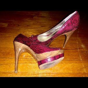 Lulu Townsend Size 7 Red Heels